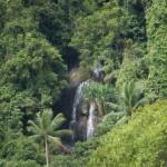 Wasserfall von Weitem